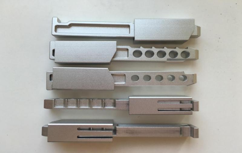 Магазин алюминиевый  для МР - 61  с защитным кожухом для удержания пулек