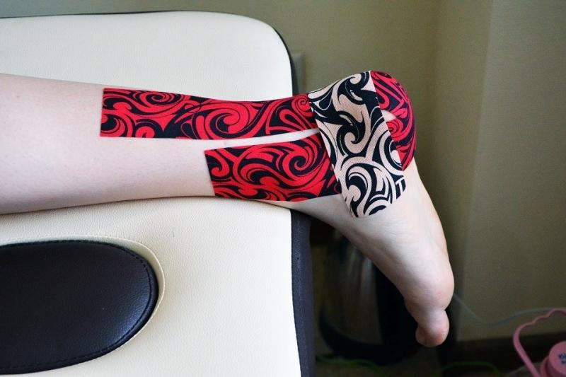 Кинезио тейп BBTape™ 5см × 5м тату красный